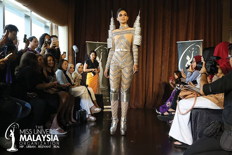 'TWIN TOWERS' NATIONAL COSTUME, EVENING GOWN & NATIONAL GIFT FOR THE 65TH MISS UNIVERSE PAGEANT UNVEILED